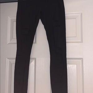 ALO Yoga Pants - Never worn Alo High Waist Ripped Warrior Legging